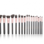 There is premium and professional Makeup cosmetic brush